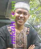 Widowed Indonesian Muslim Brides in Bandgermasin, Kalimantan Selatan, Indonesia